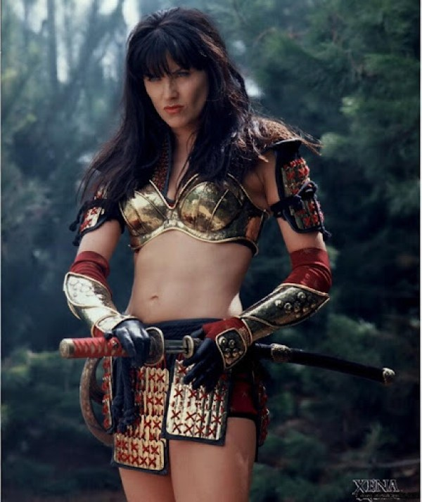Lucy Lawless6