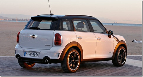 Mini-Countryman_2011_800x600_wallpaper_1f