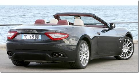 Maserati-GranCabrio_2011_800x600_wallpaper_16
