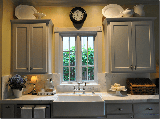 Black Kitchen Cabinets Yellow Walls