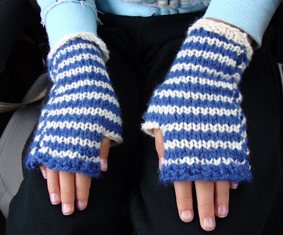 Alice in Wonderland Mitts