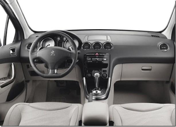 Peugeot-308_2012_1024x768_wallpaper_09