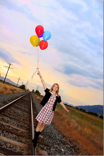 MerriLynn Photography Balloon Photo shoot