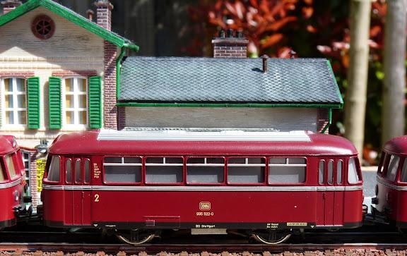 Märklin 4018: Schienenbus bijwagen