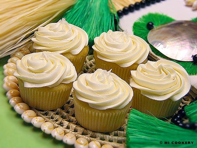 Tahitian Vanilla Cupcakes