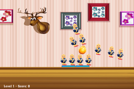 Knockdown The Dolls Toss Game screenshot 1