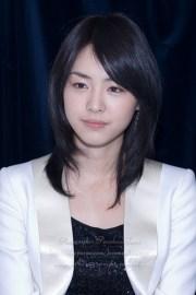 medium hairstyles asian women