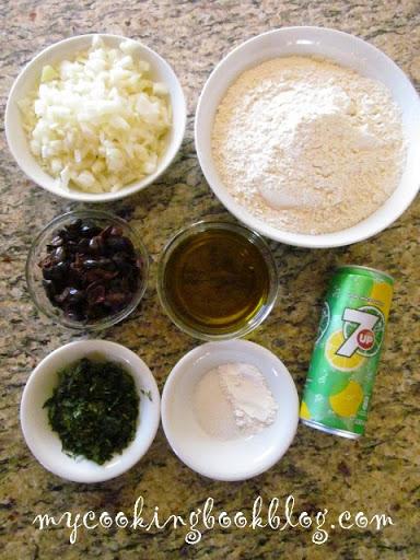 Елиопита със 7 up или постен, солен кекс с маслини
