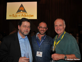 PZ Myers, Mikey Bear and Robyn Williams at 2010 Global Atheist Convention Gala Dinner