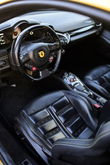 Test Driving a Ferrari >> Exotic Car Driving Las Vegas.