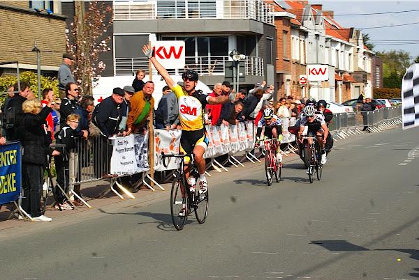 Thomas Vanhaecke wint PK West-Vlaanderen