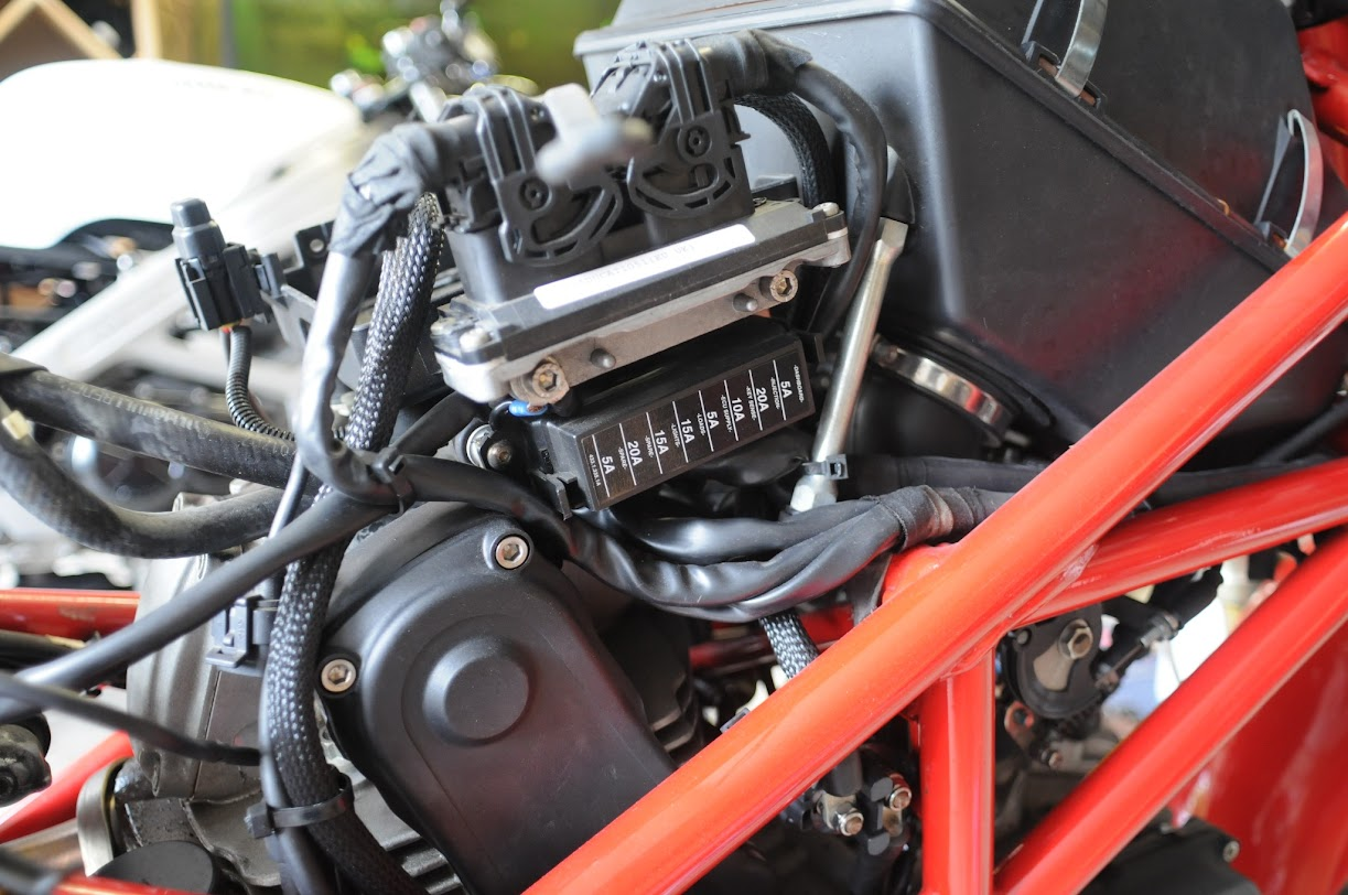 hight resolution of ducati monster fuse box wiring diagram mega ducati monster 696 fuse box