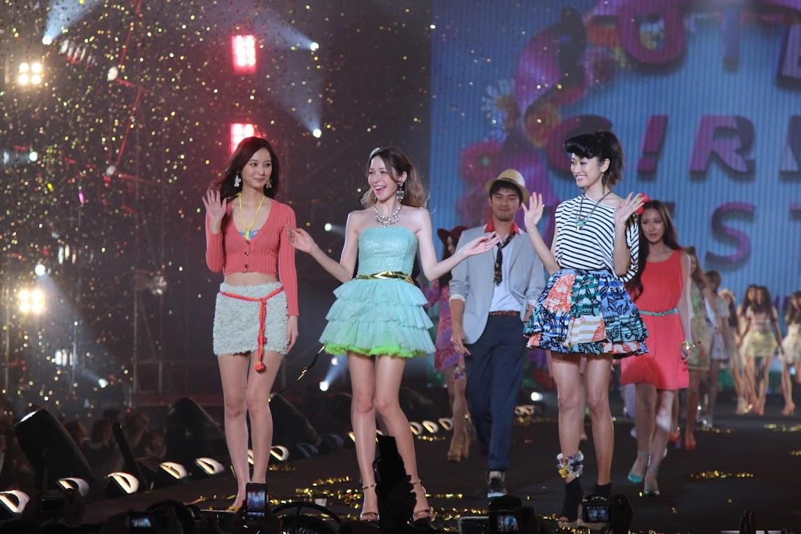 *2013 SUPER GIRLS FESTA 最強美少女盛典:田中美保、藤井莉娜、佐佐木希性感走秀! 3