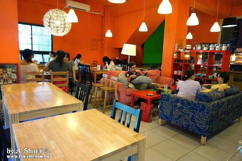 大門咖啡館4