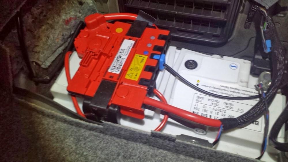 medium resolution of 2007 bmw 328xi battery wiring diagram wiring diagram 07 bmw 328xi cluster fuse 2007 bmw 328i fuse location