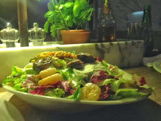 Insalata reef 'n' beef - prawn and beef salad from Germany