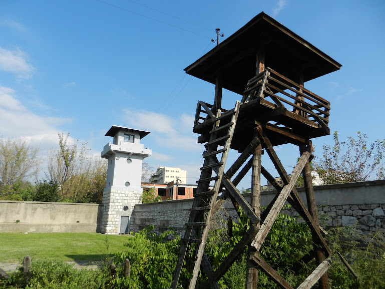 Crveni Krst Concentration Camp