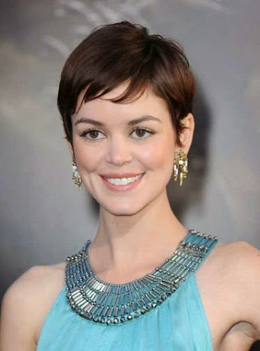 50 Gorgeous Short Hairstyles For Women In 2017