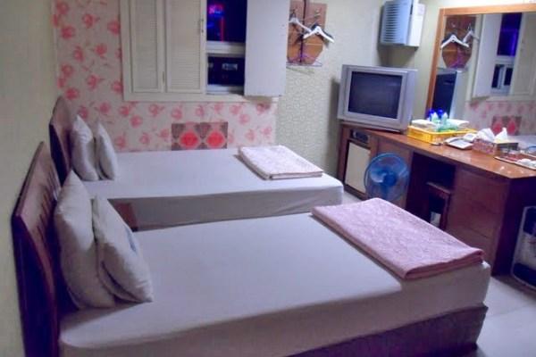 room in a korean love motel, inside a korean love motel room, finding love in a korean love motel