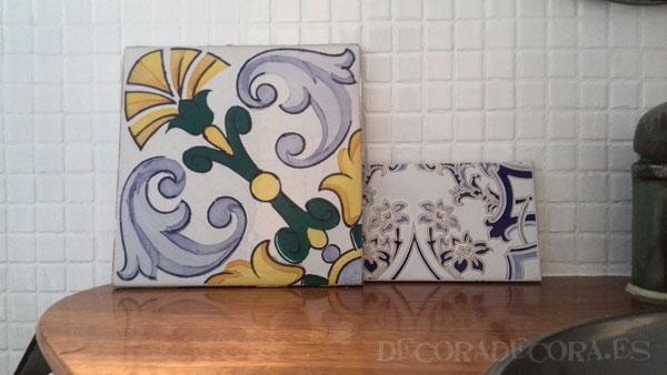 Pintar el cuarto de ba o for Cubrir azulejos bano