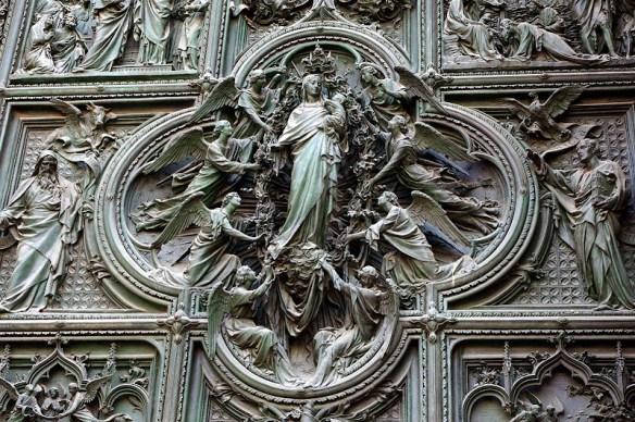 Puerta del Duomo de Milán