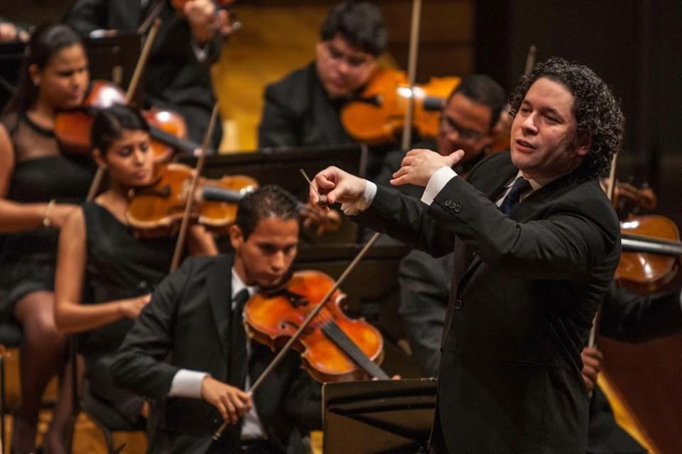 Gustavo Dudamel regresa a dirigir a la agrupación cúspide de El Sistema