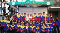 VOCES CARABOBEÑAS FUERON PREMIADAS EN EL FESTIVAL AMERIDE 2013. Agosto regaló otro triunfo en Brasil a los músicos del Sistema de Orquestas y Coros Juveniles e Infantiles de Venezuela: la agrupación Jóvenes Cantores de Mariara, del estado Carabobo, obtuvo el segundo lugar en la categoría folclórica del Festival y Concurso Internacional de Coros Ameride 2013, que se realizó en la localidad de Sao Lourenço