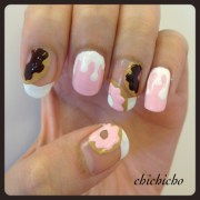 donut nails with canmake nail