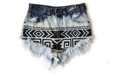 WARDROBE STAPLE: Ombre Shorts | Aztec Ombre Shorts
