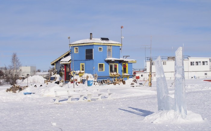 Colorful houseboats in Yellowknife Bay