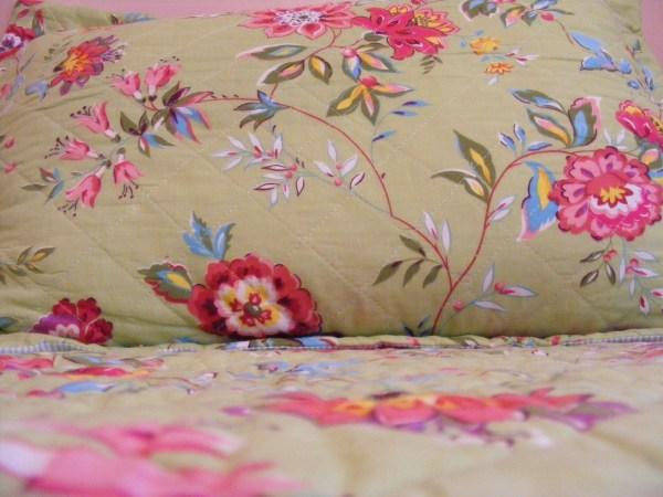 Megity' Handmade Ah Quilt