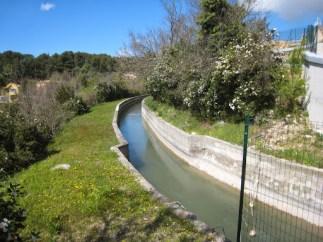 Marseille water channel passes through La Treille