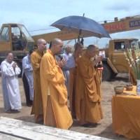 Chuyển giao lô hàng giàn giáo phục vụ thi công Thiền Viện Trúc Lâm - Tiền Giang
