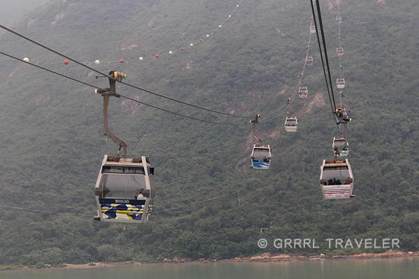 nong ping cable car hong kong, cable cars