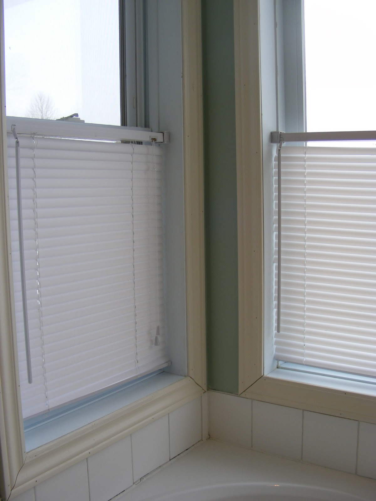 Cleaning Mini Blinds The Complete Guide To Imperfect