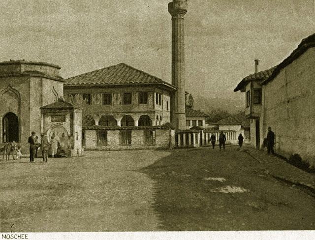 tetovo old 11 - Colorful mosque (Шарена џамија) - most recognized monument in Tetovo