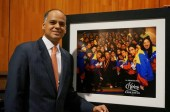 The Bolívars received a congratulatory missive and a picture of President Chávez with members of El Sistema from the President of the Bolivarian Republic of Venezuela.