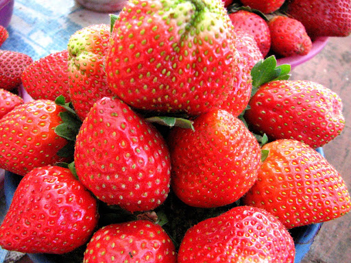 Famous Mahabaleshwar Strawberries