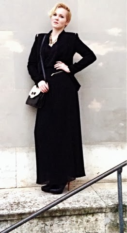 All black outfit with black maxi skirt and oversize blazer