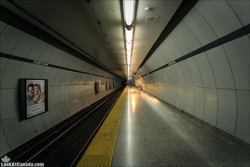 LookAtCanada.com / Метро Торонто