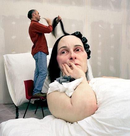 *超現實主義 Ron Mueck 藝術家:呼之欲出極逼真人像雕塑! 2