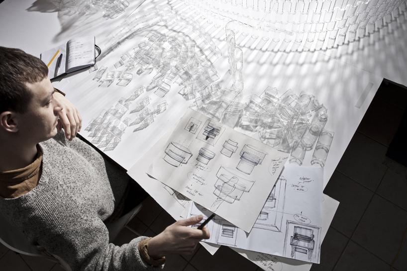 *透明的LEGO大型水晶吊燈:設計師Tobias Tøstesen親手編造! 5