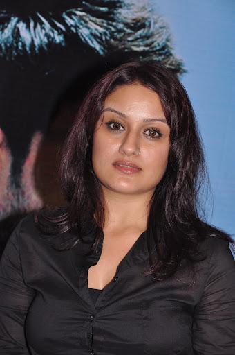 Sonia Agarwal Hot In Black at Vaanam Audio Launch