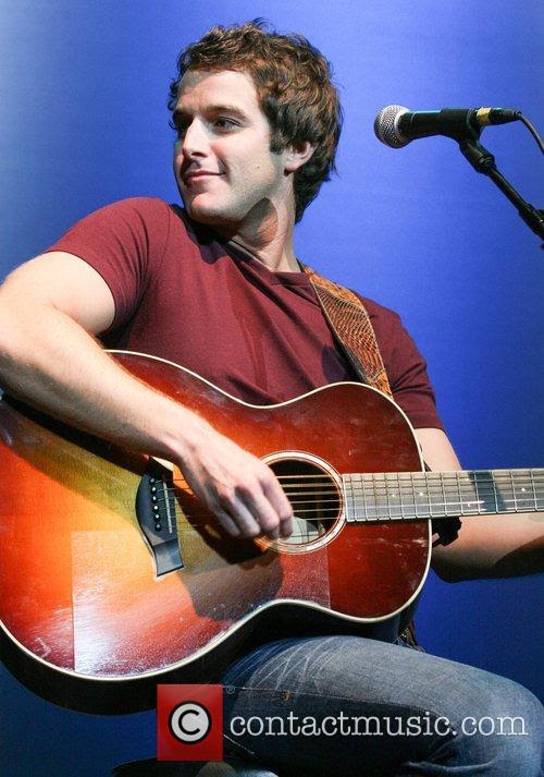 Baby Be My Love Song Mp3 : Easton, Corbin, Download