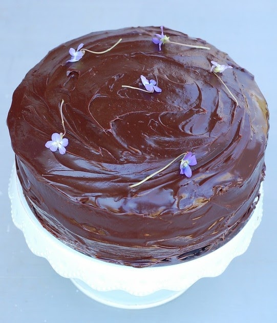 Chocolate Sour Cream Layer Cake The Garden Of Eating