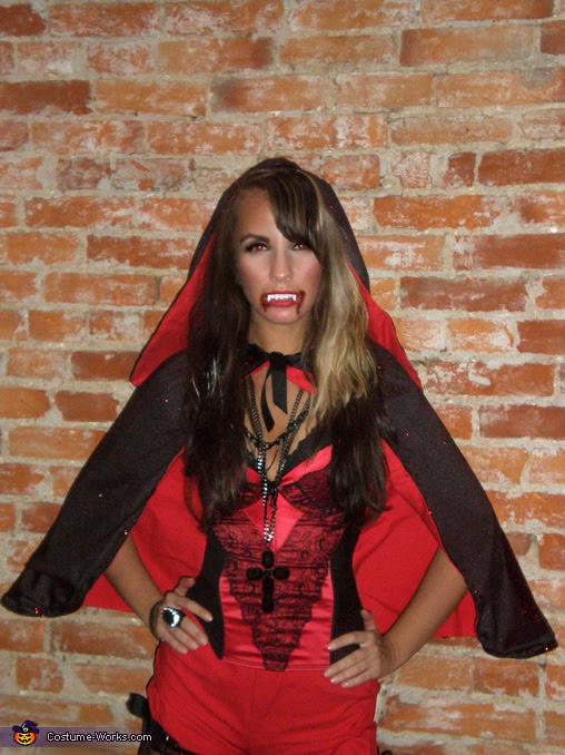 Diy Vampire Costume Womens : vampire, costume, womens, Vampire, Costume, Womens, COSTUMES, IDEAS