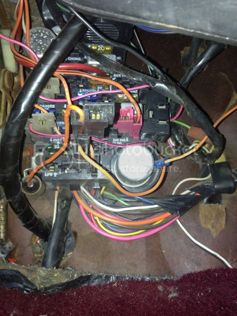 hight resolution of fuse box on a 1983 gmc k 1500