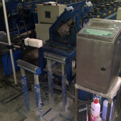 Mesin Pembuat Baut Baja Ringan Populer 24 Bor Untuk Pasang