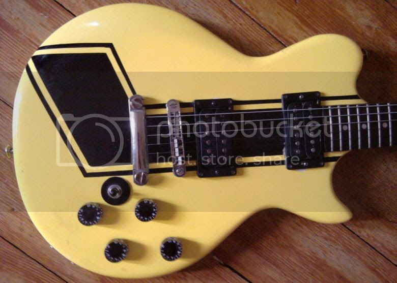 Les Paul Style 2 Humbuckers 3 Way Switch 2 Volumes 2 Tone 4
