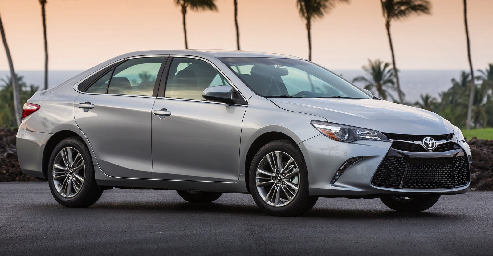 brand new toyota camry for sale price cars 2015  feature car and driver
